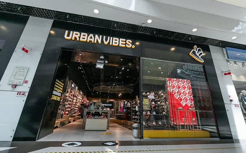 В Москве открылся первый магазин кроссовок Urban Vibes