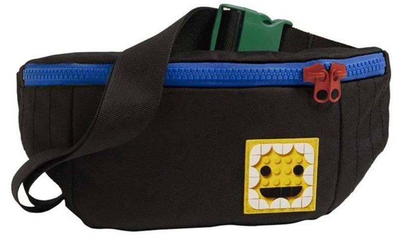 Lego выпускает коллекции с Levi's и Adidas