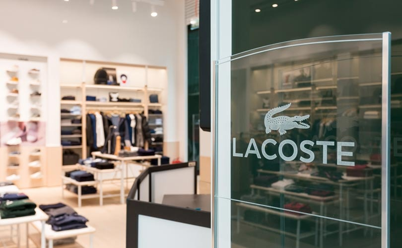 869d7ca8c Французский бренд Lacoste представляет в России новую концепцию магазина в  рамках стратегии, направленной на усиление позиции в премиальном сегменте с  ...