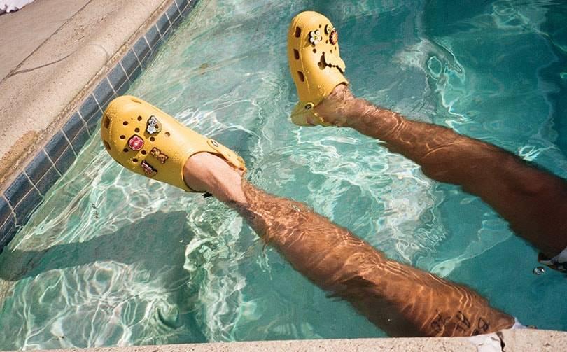 Crocs и Джастин Бибер представляют коллаборацию