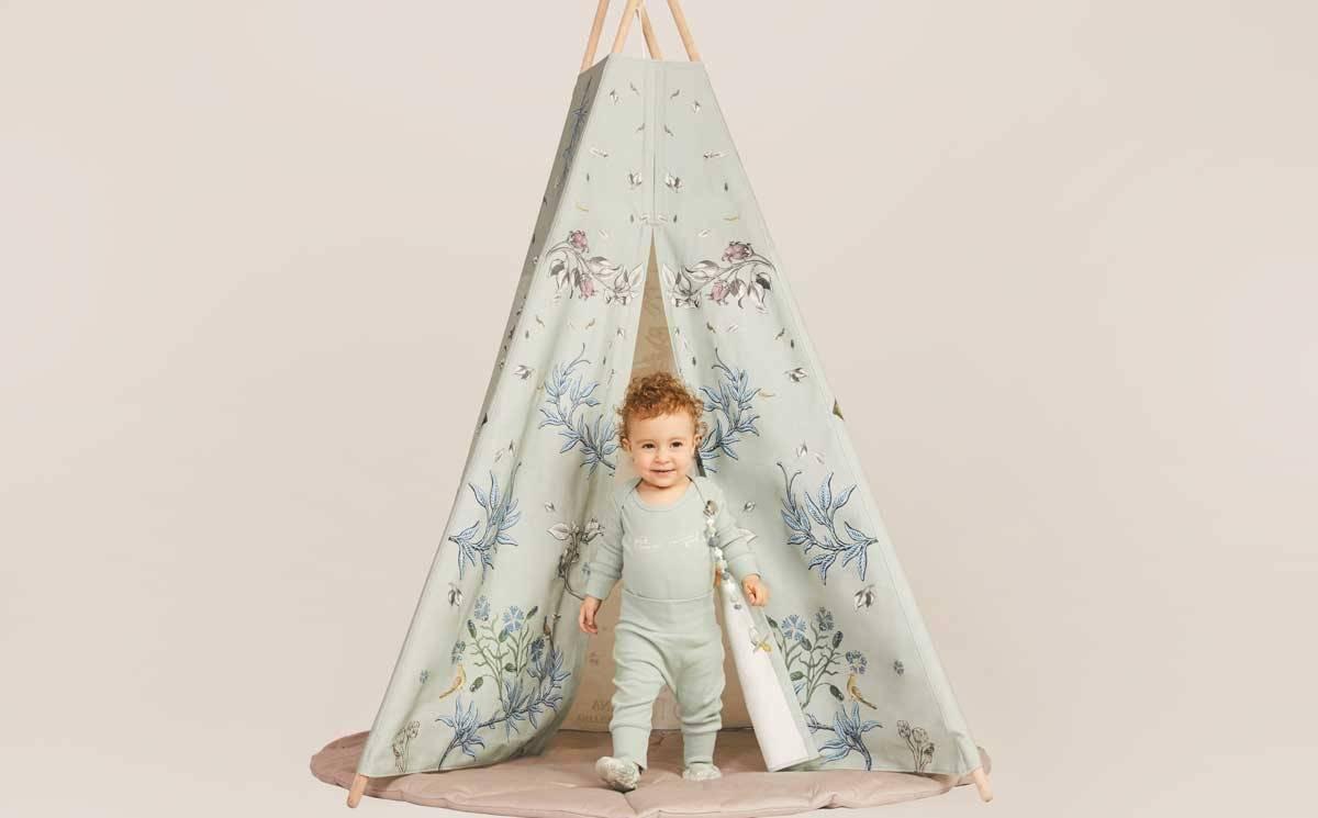 Alena Akhmadullina выпустила первую детскую коллекцию - с Happy Baby